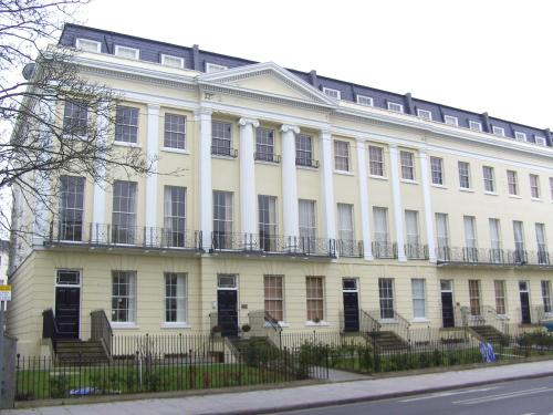 Photo of Grosvenor House Apartments - Cheltenham Hotel Bed and Breakfast Accommodation in Cheltenham Gloucestershire