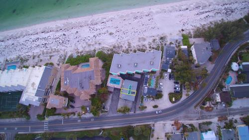 Coquina Beach Club Condo Photo