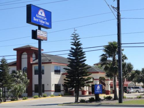 Americas Best Value Inn - Brownsville Photo