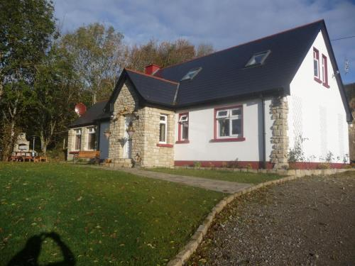 Photo of Eagle's Nest Bed & Breakfast Hotel Bed and Breakfast Accommodation in Lettermacaward Donegal