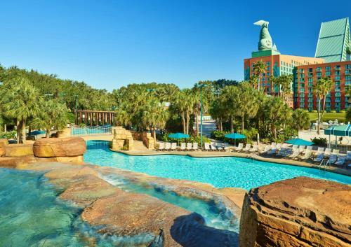 Walt Disney World Swan And Dolphin Resort Hotel Review