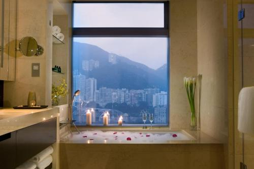 Crowne Plaza Hong Kong Causeway Bay photo 14