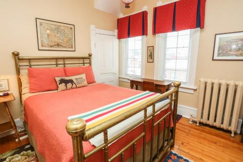 Danby House Bed and Breakfast Photo