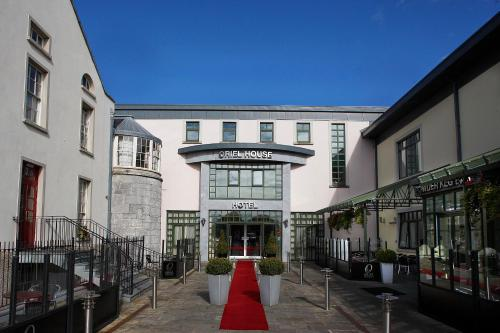 Photo of Oriel House Hotel Hotel Bed and Breakfast Accommodation in Ballincollig Cork
