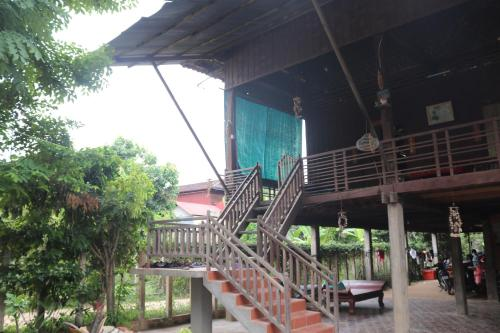 Cambodia Traditional Wooden House, Siem Reap