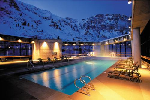 Cliff Lodge and Spa Photo