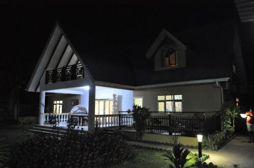 Gold Leaf self Catering Guest House, 拉迪格岛