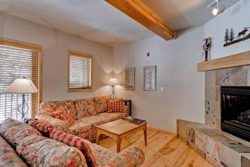 Twin Elk Lodge A1 Apartment Photo