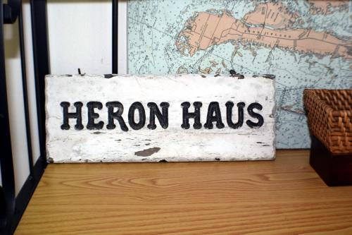 Heron Haus Photo