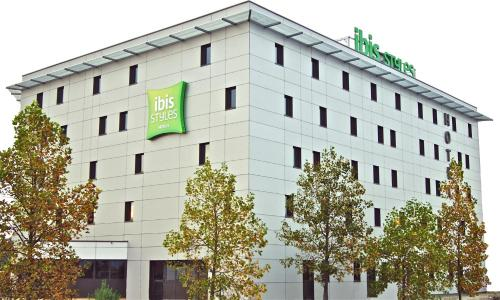 ibis Styles Romans-Valence Gare TGV