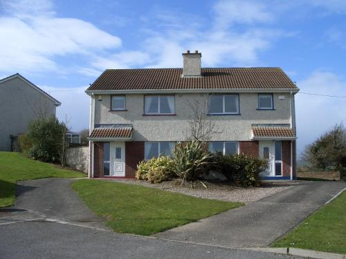 Photo of Yew Wood Holiday Homes Hotel Bed and Breakfast Accommodation in Youghal Cork