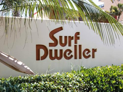 Surf Dweller 208 Photo