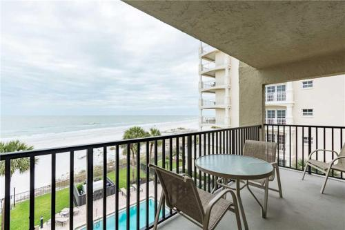 #403 At The Shores Apartment Photo
