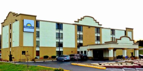 Photo of Days Inn Hagerstown hotel in Hagerstown