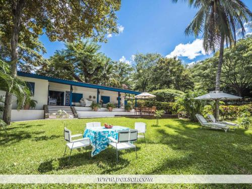 Blue Villa Holiday home Photo