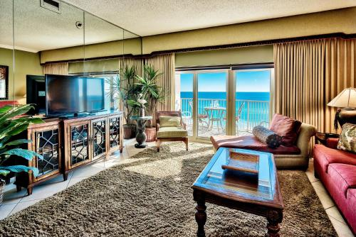 Beach Manor @ Tops'L - 810 Photo