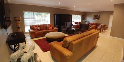 Garden Route Island Guesthouse, Sedgefield