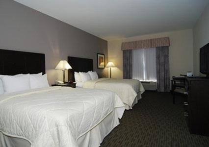 Comfort Inn & Suites Airport Oklahoma City Photo