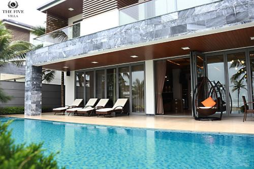 The FIVE 8 Bedrooms Villa Da Nang, Danang