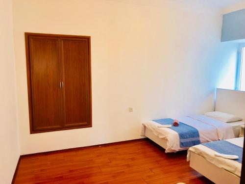 Check-in Apartment in the Old City, Baku