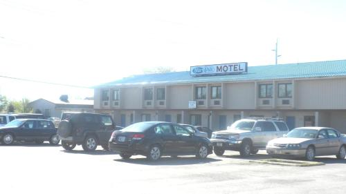 Blue and White Motel Photo