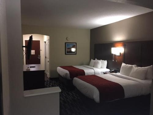 Comfort Suites Danville Photo