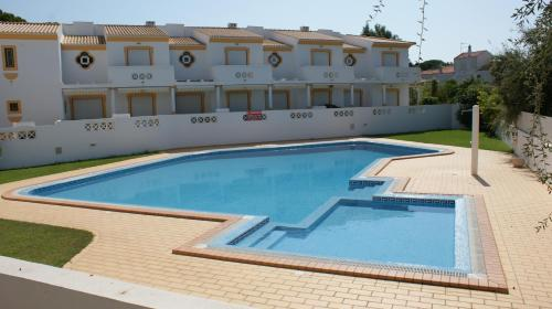 holidays algarve vacations Albufeira Vila Sul Apartments by OCvillas