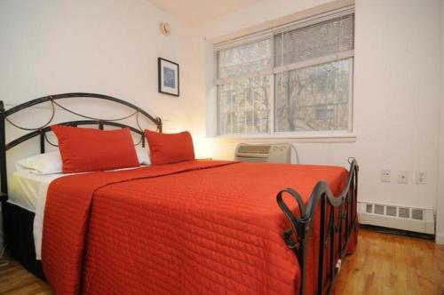 Picture of East Village Apartment E/><p class=