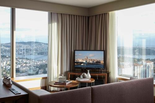 Renaissance Istanbul Polat Bosphorus Hotel, A Marriott Luxury & Lifestyle Hotel photo 18