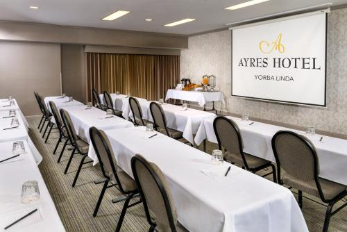 Ayres Suites Yorba Linda/Anaheim Hills Photo