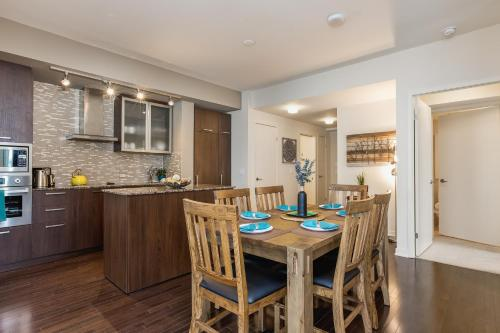 QuickStay - Upscale 3-Bedroom with Gorgeous Lake View, Toronto