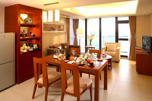 Howard Johnson All Suites Hotel Suzhou photo 5