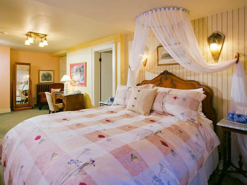 Beaconsfield Bed and Breakfast - Victoria Photo