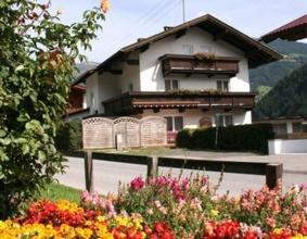 Holiday Home Stockl Mayrhofenhippach