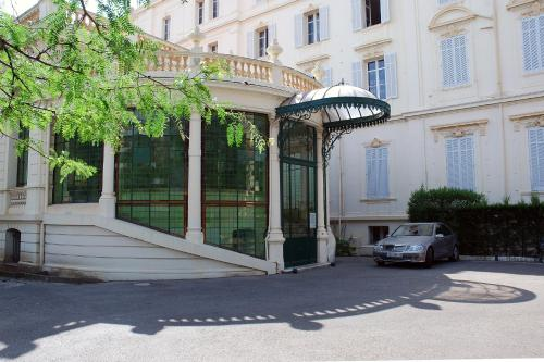 - Hotel Apartments Alexandre III - Hotel Cannes, France
