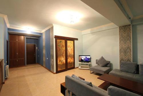 1 bedroom apartment in Aram, Yerevan