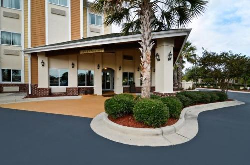 Best Western PLUS Wilmington/Carolina Beach Photo