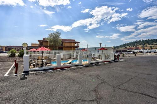 Motel 6 Flagstaff East - Lucky Lane Photo