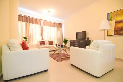 Green Future Holiday Homes-Furnished 1 Bed JLT, Dubai