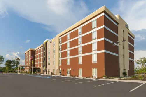 Photo of Home2 Suites By Hilton Biloxi/north/d'iberville hotel in Biloxi