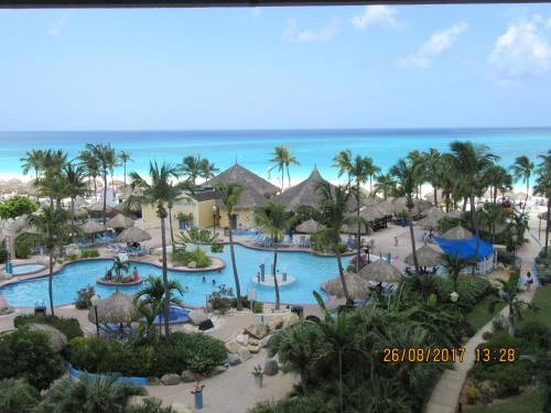 Costa Linda Beach Resort , Aruba, Palm Beach