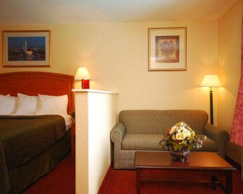 Quality Inn Mount Vernon Photo
