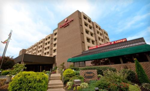 Photo of Ramada Plaza Hotel Hagerstown hotel in Hagerstown