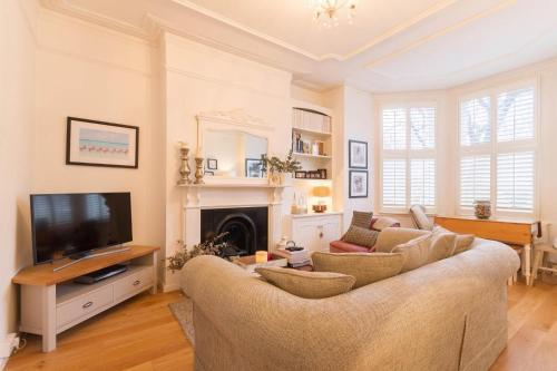 NEW Bright 2BD Flat in the Heart Alexandra Palace, Londres