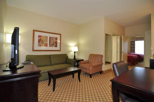 Country Inn and Suites Conway Photo