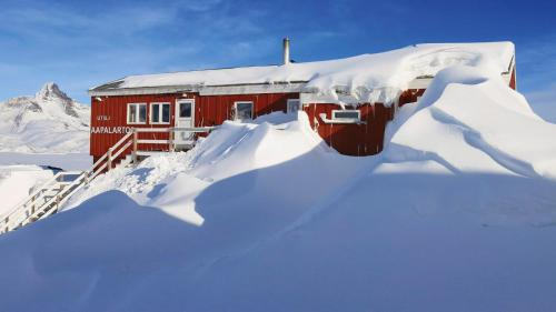The Red House, Tasiilaq