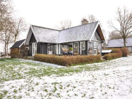Three-Bedroom Holiday Home in Asperup, Asperup