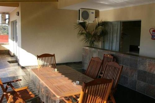 Ingwe Guesthouse Photo