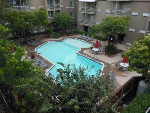 Best Western Plus Austin City photo 12