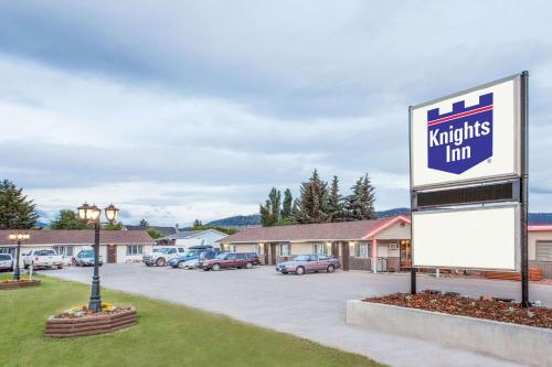 Knights Inn Merritt Motel Photo